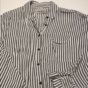 Urban Outfitters Grey and White Button Down Size S